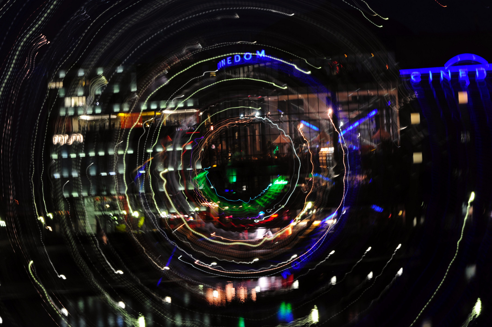 Cinedom in Circles