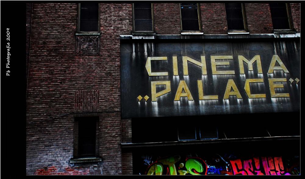"Cinema ""Palace"""