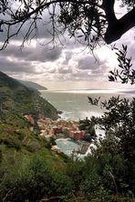 Cinque Terre: Blick auf Vernazza