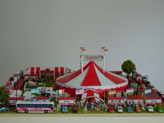 Circus Modell 1:160