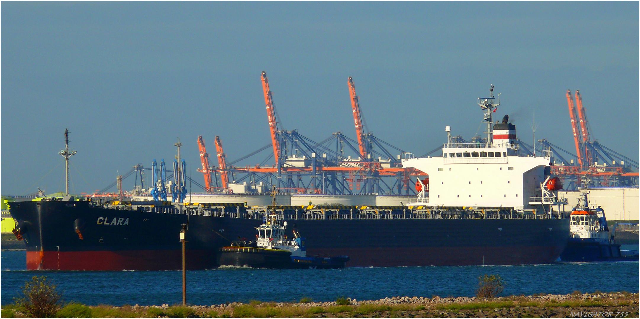 CLARA, Bulk carrier , Calandkanal / Rotterdam/ 23.10.2013
