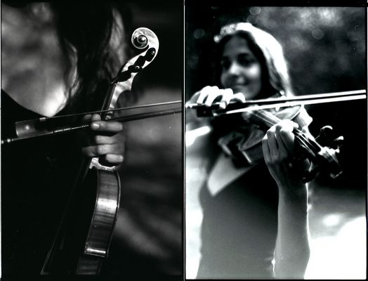 Clarisse dans le parc avec le violon 11