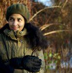 Clarisse dans le parc plein de neige 4