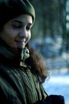 Clarisse dans le parc plein de neige 5