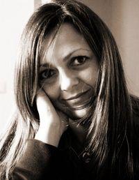 Claudia S.L.