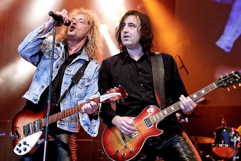 Claus Lessmann, Hans Ziller - Bonfire - Rock for Asia 2005