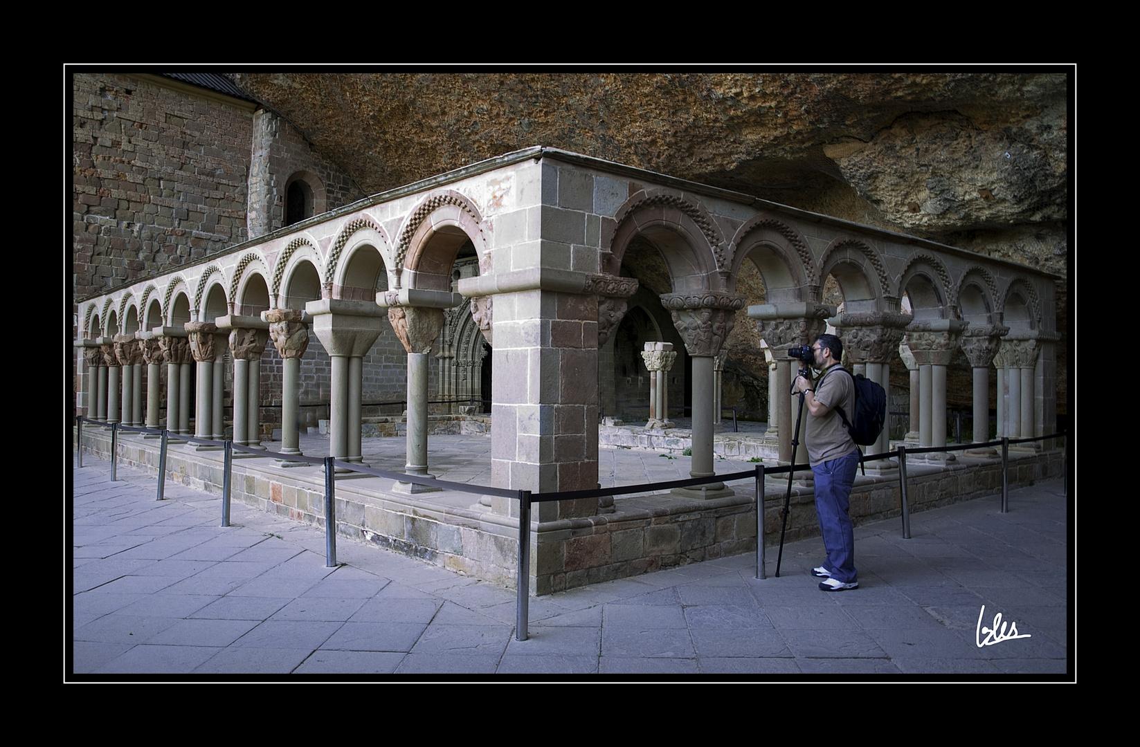 Claustro del Monasterio viejo de San Juan de la Peña (Huesca)