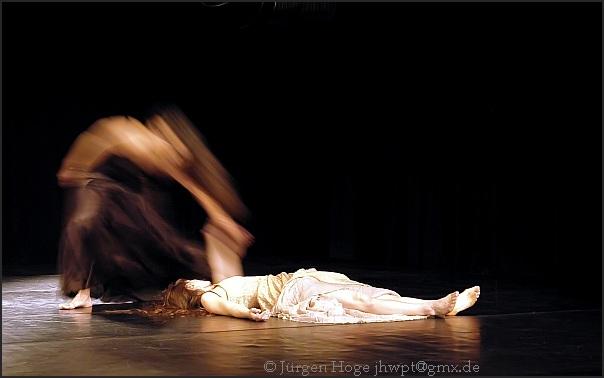 clementine deluy, thusnelda mercy - herbst - tanztheater