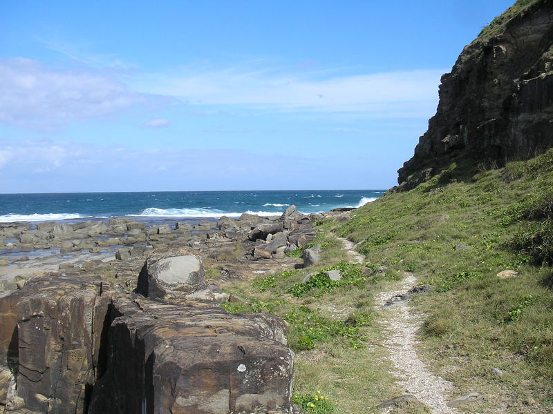 Cliff walk, Iluka Bluff Beach, NSW