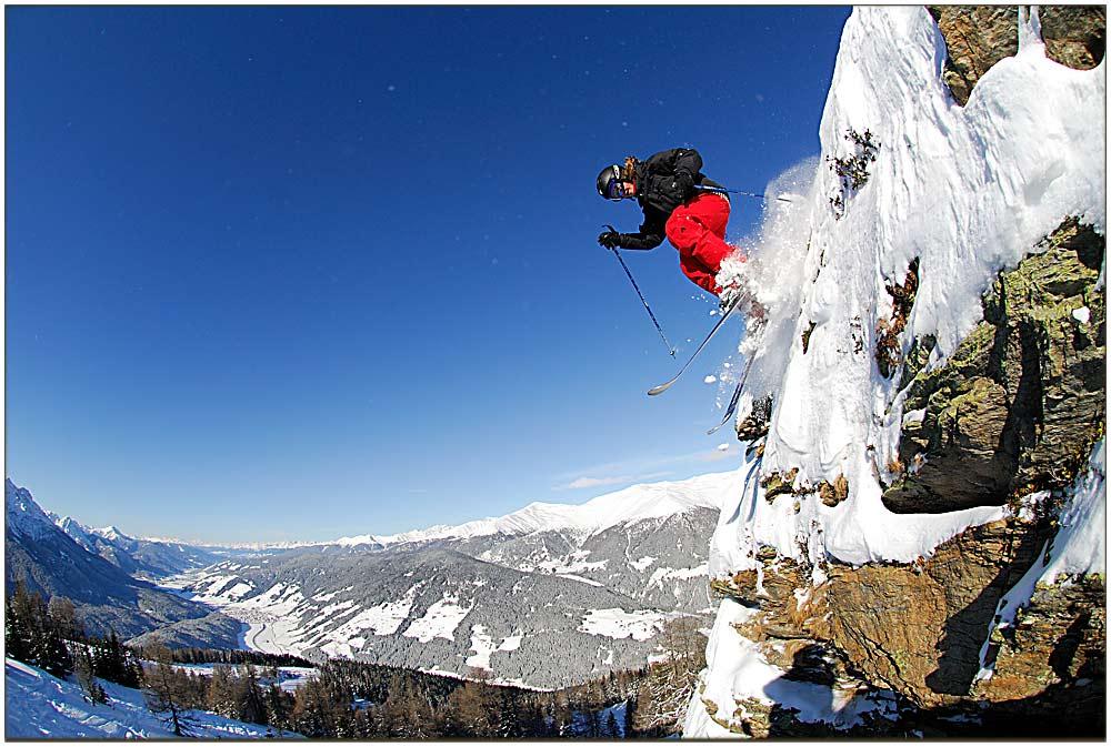 Cliffjump 1