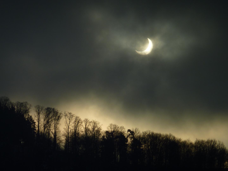 Éclipse partielle de Soleil  (2011.01.04.)