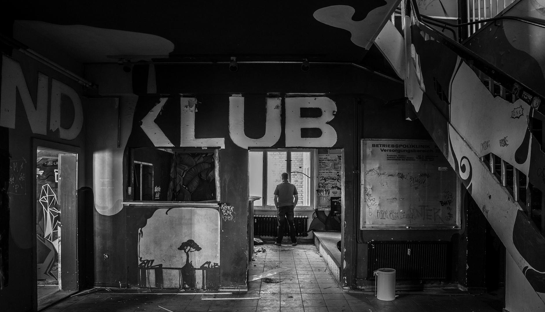 Closed Club