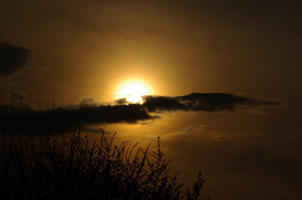 cloud vs. sun