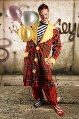 ... clown ...