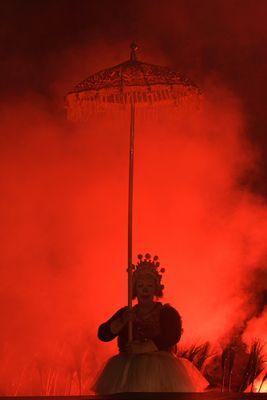Clown liebt Feuer(wehrmann)