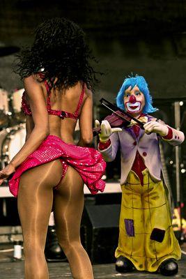 Clown und Tänzerin