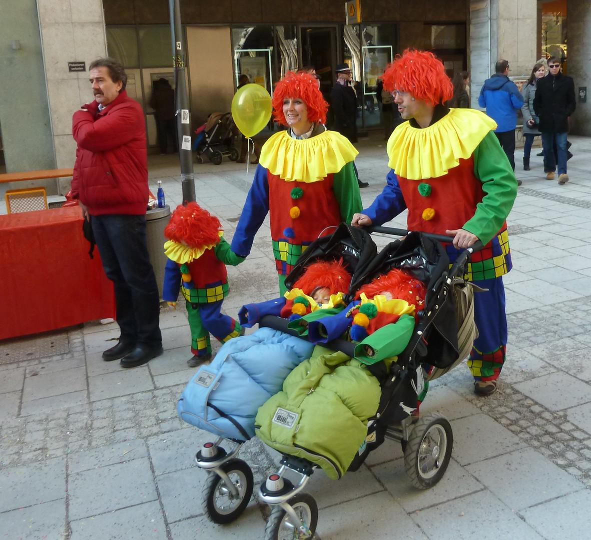 Clowns family