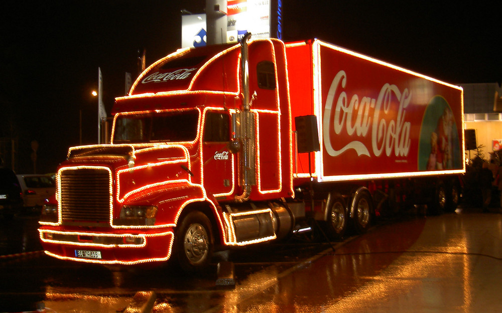 coca cola weihnachts truck foto bild autos zweir der. Black Bedroom Furniture Sets. Home Design Ideas