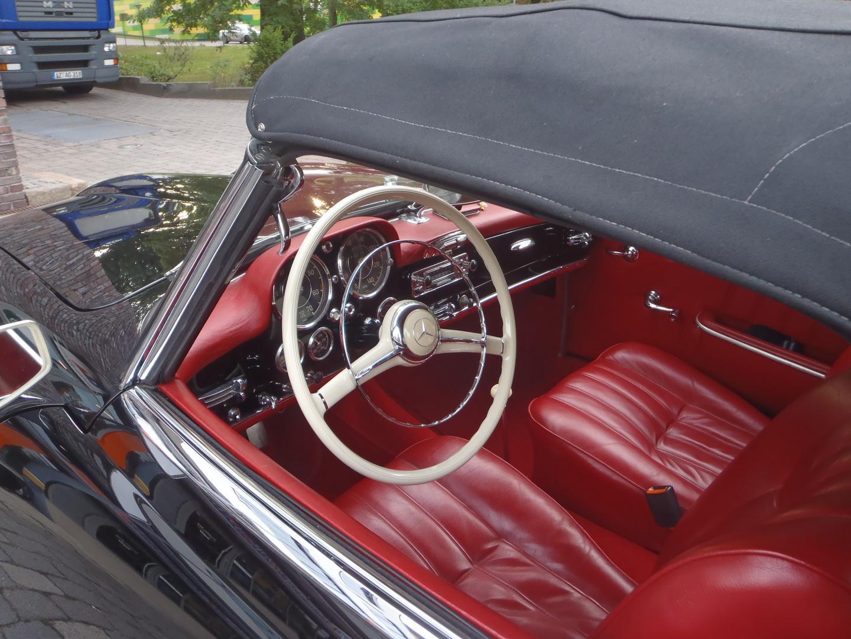 Cockpit 190 SL (1959)