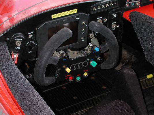 Cockpit Audi R8, 24 Stunden von LeMans 2002