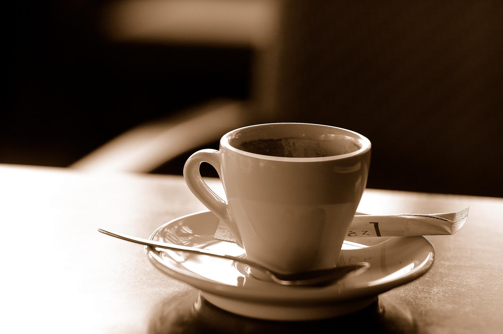 coffee break in paris foto bild stillleben essen trinken tee und kaffee bilder auf. Black Bedroom Furniture Sets. Home Design Ideas