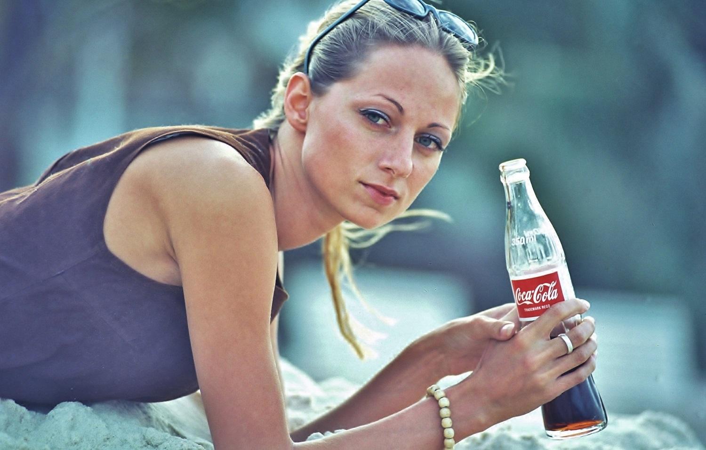 Coke is   again.
