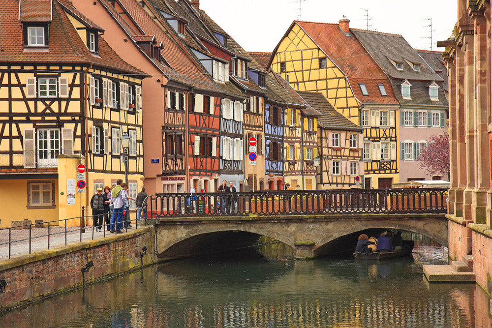 colmar quai de la poissonnerie photo et image architecture paysages urbains sujets images. Black Bedroom Furniture Sets. Home Design Ideas