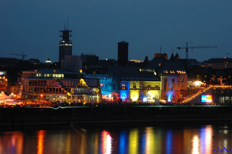 Cologne by the night02