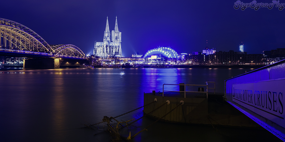 Cologne ( Germany ) nightshot