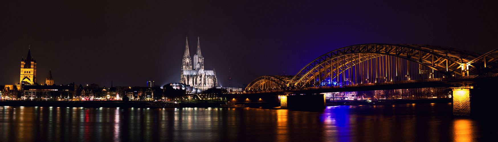 Cologne @ night