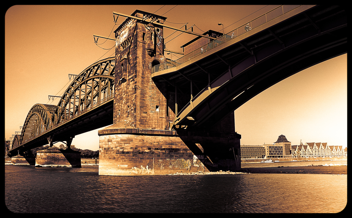 Cologne South Bridge