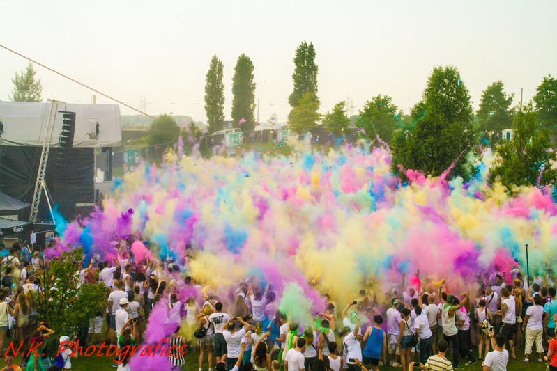 Color of Holi