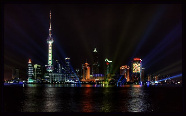 Colored side of Shanghai (III)
