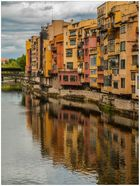 Colores de Girona en el rio Ter ( Catalunya )