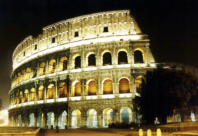 Colosseo notturno
