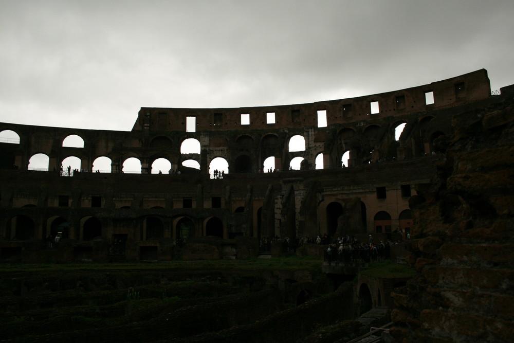 Colosseum bei Regen