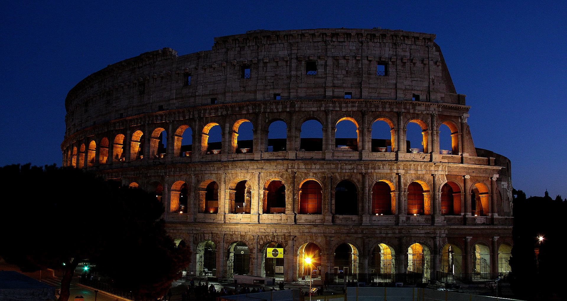 Colosseum @ Blue Hour