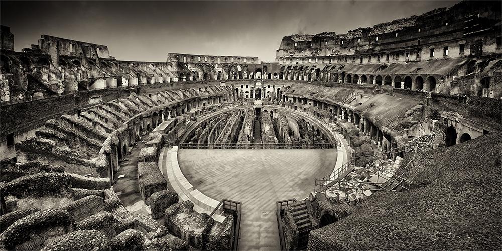 Colosseum Rom BW