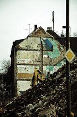 Colours of Duisburg 7 - Leben an der Vorfahrtstrasse