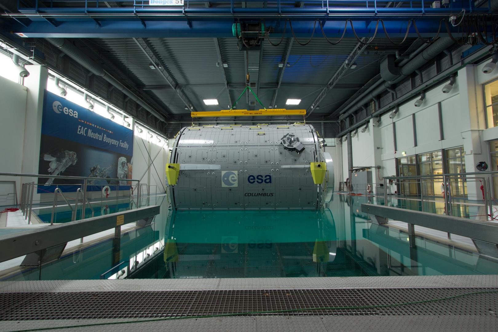 Columbus Modell der Neutral Buoyancy Facility (NBF) der ESA in Köln