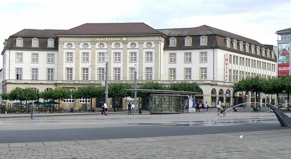 Commerzbank Kassel öffnungszeiten