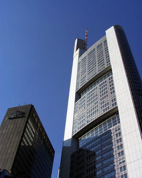 Commerzbank Ffm alt und neu