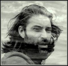 con il vento e il mare nei capelli....