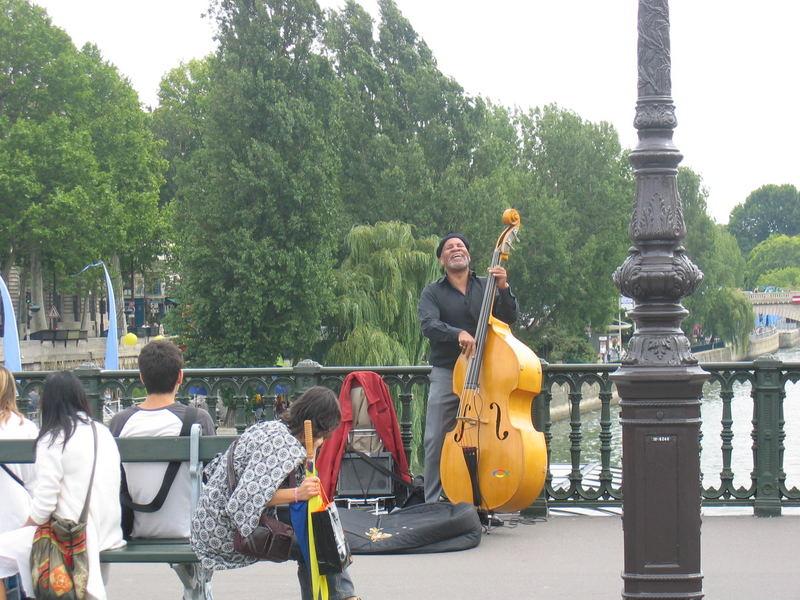 concert en bord de Seine