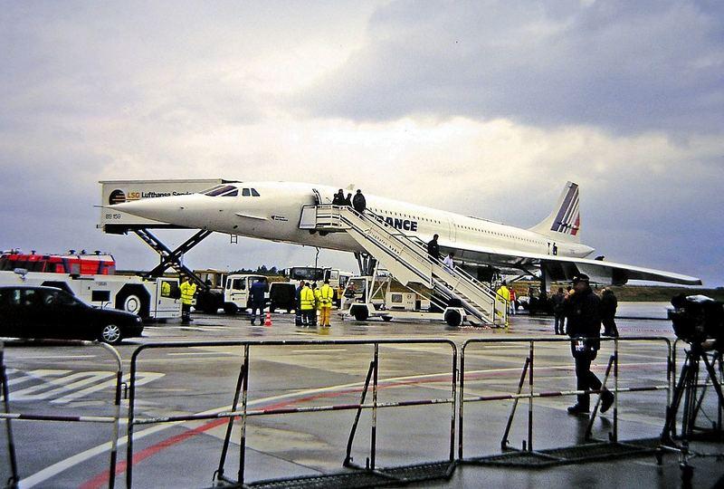 Concorde (1:1 Diaduplikat mit der Coolpix 8700 Makroeinstellung und Fremdlicht)