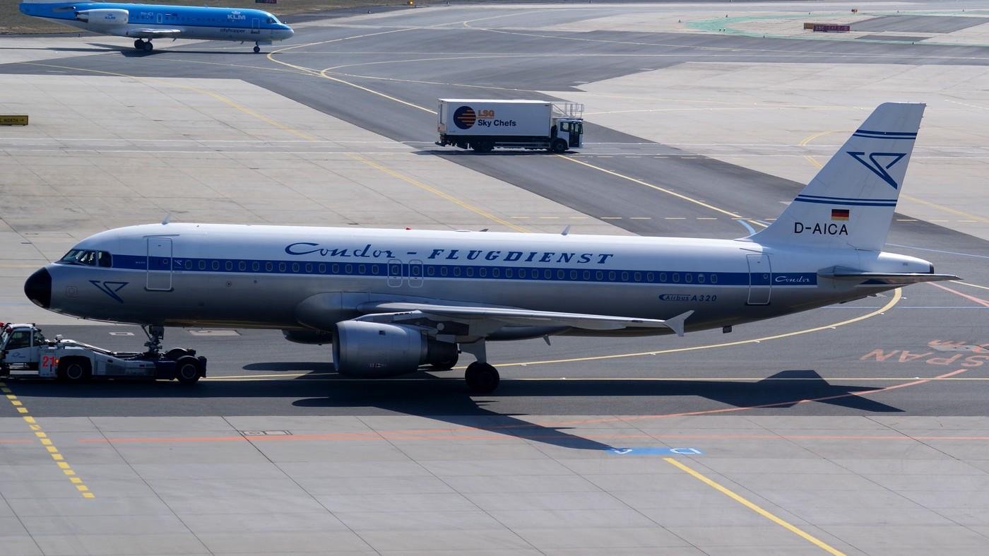 Condor A320-200