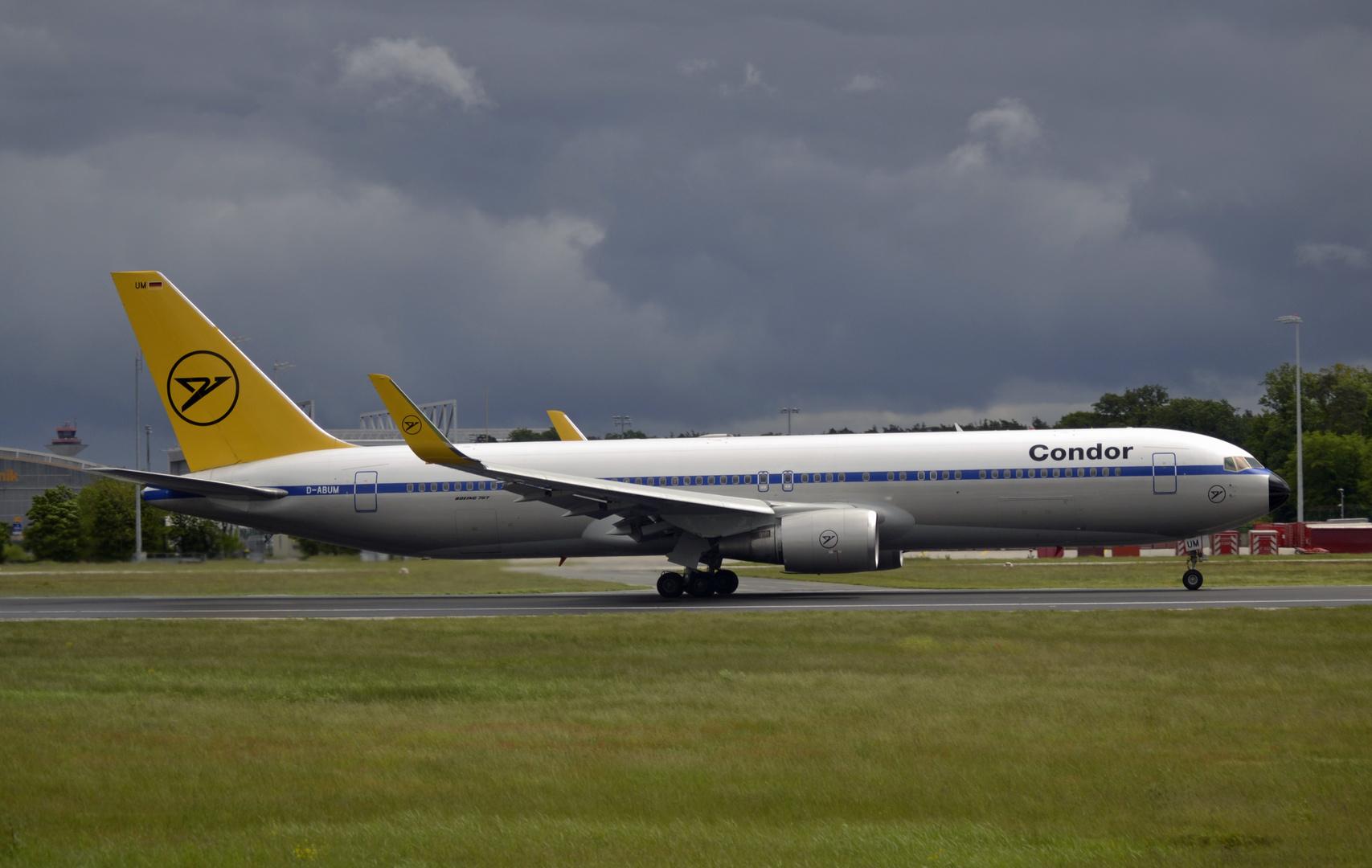 Condor Retro 767