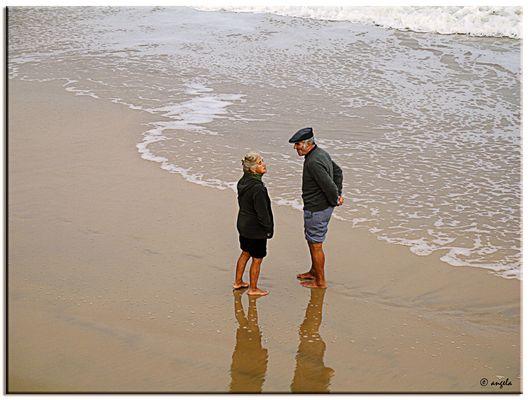 Confidencias en la orilla del mar
