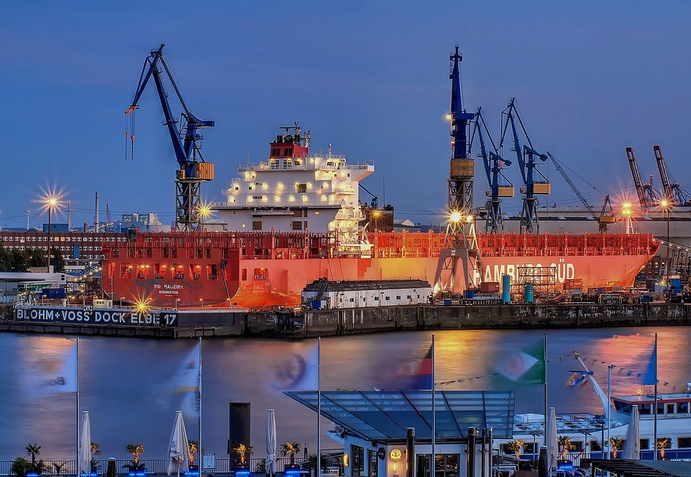 -- Container ship in dock --