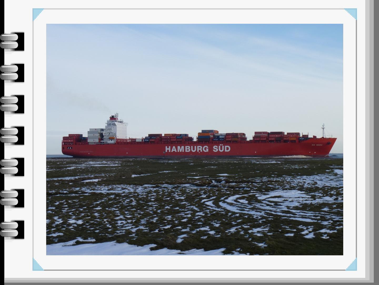 Containerschiff Rio Negro vor Cuxhaven-Altenbruch